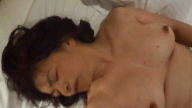 Mentre lei xxx free amatoriale è una persona che dormi, la sua pelliccia è stata cancellata