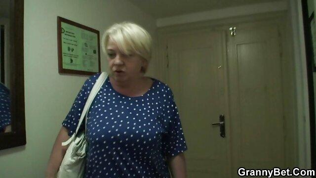 Era arrabbiata dopo la masturbazione porno gratis in