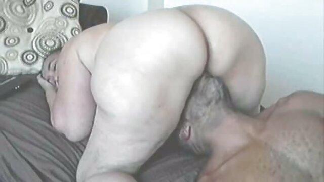 L'infermiera dagli occhi stretti ha stabilito un trattamento favorevole per il paziente video porno gratis da guardare